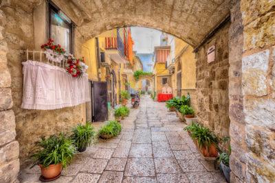 Puglia - Tour a Piedi di Bari
